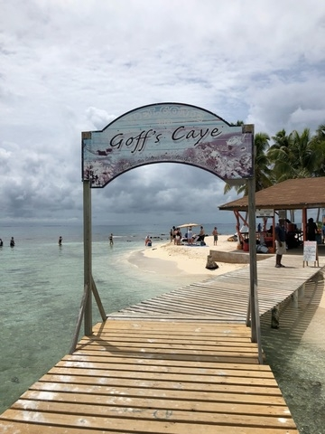 Belize Goff's Caye Island Getaway and Snorkel Cruise Excursion natural beauty