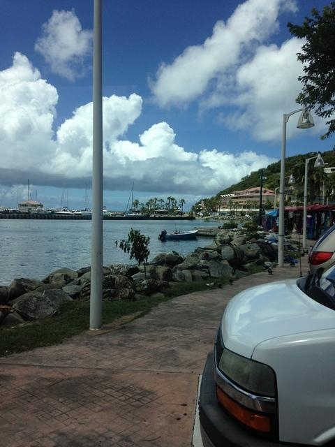 St. Maarten and St. Martin Best of Island Highlights Excursion Incredibly comprehensive