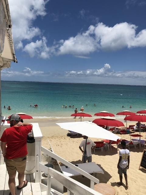 St. Maarten Highlights, Sightseeing, Beach and Shopping Excursion Awesome tour!