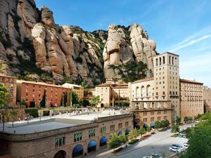 Barcelona Montserrat Morning Sightseeing Excursion