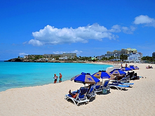 St Maarten  Philipsburg beaches Booking