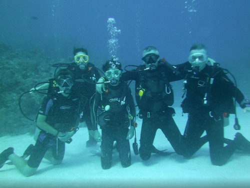 Grand Cayman  Grand Cayman (George Town) Beginner SCUBA Excursion Reservations