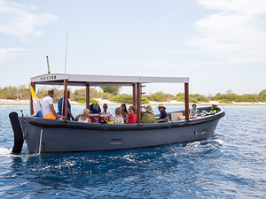 Bonaire Boat, Beach and Snorkel in Klein Bonaire Excursion