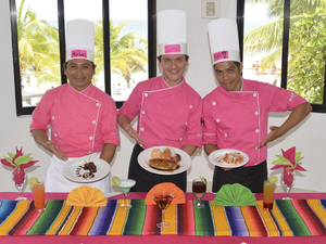 Cozumel Mexican Cooking Class and Playa Mia Beach Break Excursion