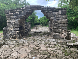 Cozumel Private San Gervasio Mayan Ruins and Beach Excursion