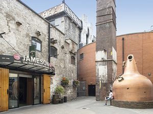 Dublin Highlights, Guinness Beer Storehouse, Jameson Whisky, and Howth Village Excursion