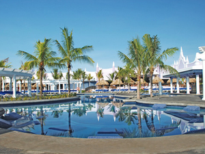 Falmouth Adults Only All Inclusive RIU Day Pass Excursion in Montego Bay