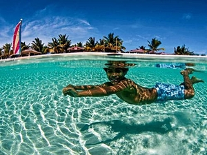 Grand Turk Snorkel and Resort Beach Break Excursion