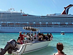 Grand Turk Super Combo: Island Sightseeing, 2 Reef Snorkel and Stingray Encounter Excursion