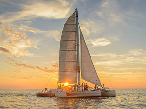 Key West Favorite Champagne Sunset Sailing Excursion