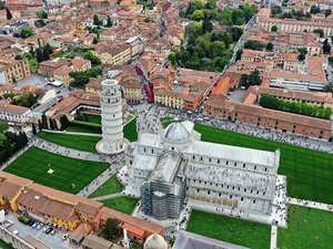 La Spezia Affordable Shuttle to Pisa (optional guided walk) Excursion