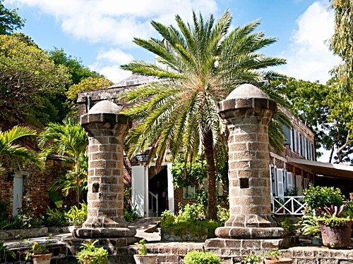 Antigua  St. John's Fig Tree Drive Tour Reservations