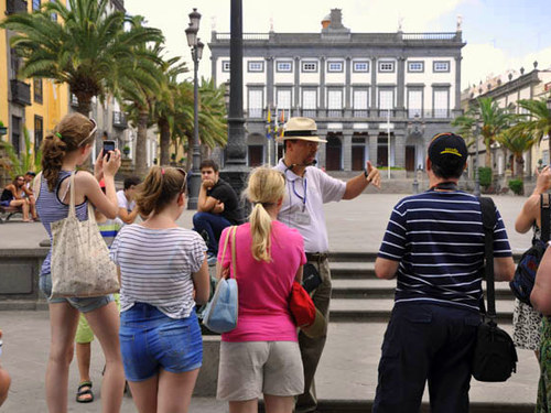 Las Palmas  Gran Canaria gothic quarter walking Cruise Excursion Reservations