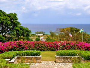 Montego Bay City Sightseeing, Rose Hall Great House and Shopping Excursion