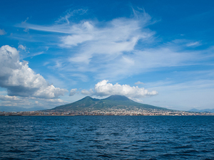 Naples Affordable Shuttle to Mt. Vesuvius Excursion