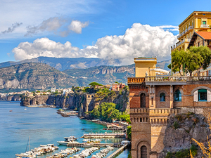 Naples Amalfi Coast Sightseeing with Lunch Excursion