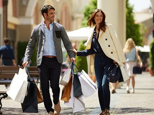 Naples La Reggia Outlet Shopping Shuttle Excursion