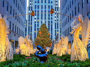 New York Holiday Lights and Movie Sites Excursion