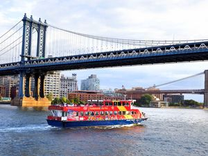 New York Hop On Hop Off Ferry Sightseeing Excursion