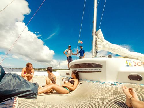 Roatan Honduras Sail and Snorkel Snorkel Cruise Excursion Prices