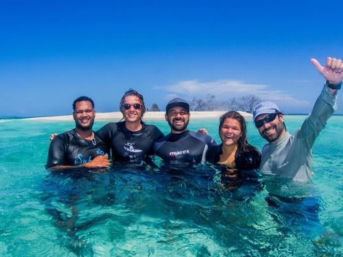 Roatan  Honduras Underwater Adventure Diving Excursion Prices