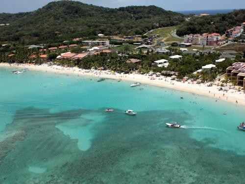 Roatan Mayan Princess Beach Resort Trip Booking