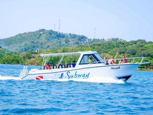 Roatan Mr Bud Diving Trip Booking