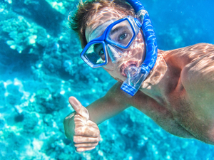 Roatan Sightseeing and Two Reef Boat Snorkel Excursion