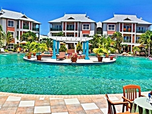 St. Lucia Bay Gardens Beach Resort Deluxe Day Pass