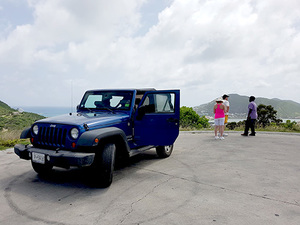 St. Maarten Jeep Island Highlights and Beach Break Excursion