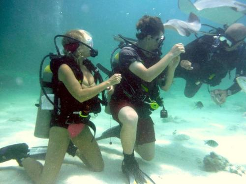 Grand Cayman wreck of Cali Tour Reservations