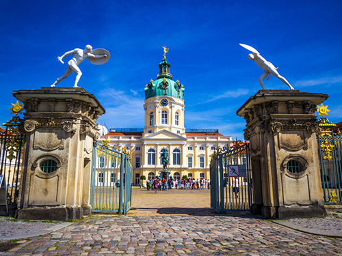 Warnemunde (Berlin)  Germany Cathedral Sightseeing Tour Prices
